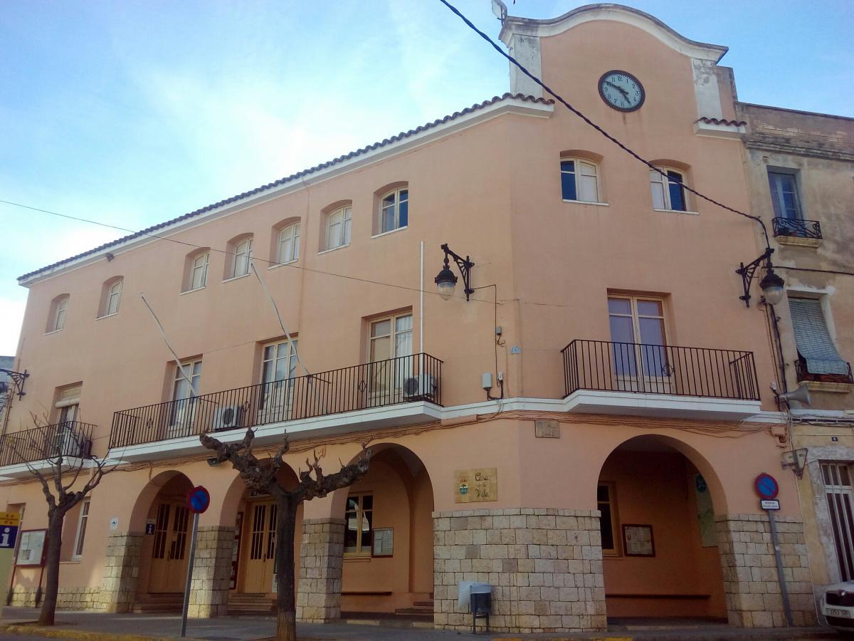 El Perelló town hall